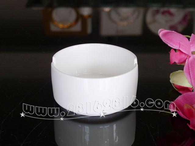 H0043#3寸高身烟碟 纯白陶瓷圆形烟碟 烟灰缸烟盅 创意酒店客房用品 居家日用烟碟